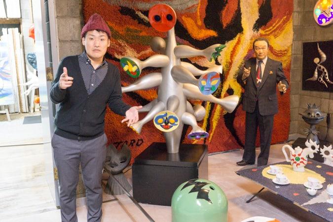 岡本太郎記念館は作品・グッズ・ガチャガチャと見どころが爆発だ!