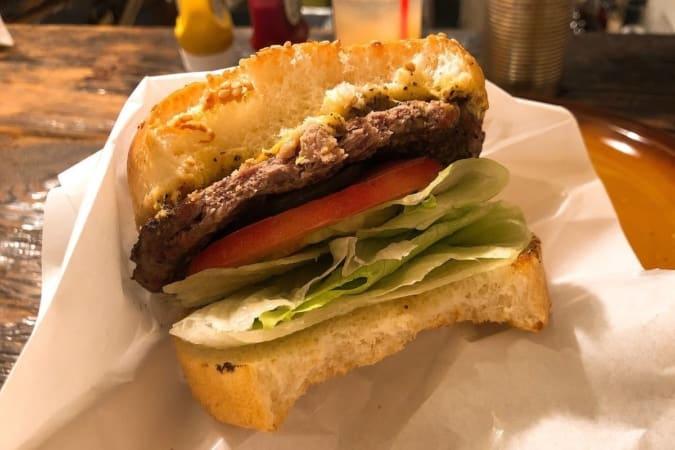 ハンバーガーの断面